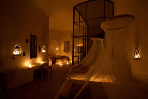 romantic candlelit bedroom kate william honeymoon feynan feynan ecolodge s blog