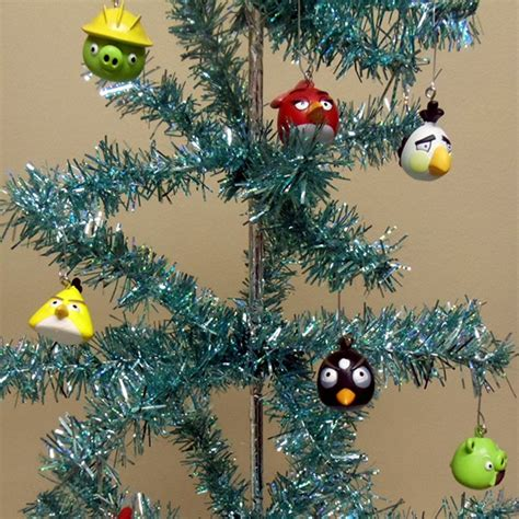 angry birds 16 piece holiday christmas tree ornament set