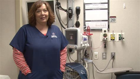 eirmc emergency room local honored for saving referee seizures