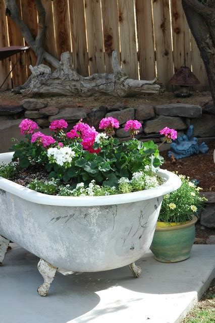 bathtub planters 17 best images about claw foot tubs on pinterest gardens