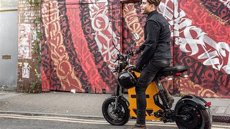 sira disi tasarima sahip elektrikli bisiklet ve scooter