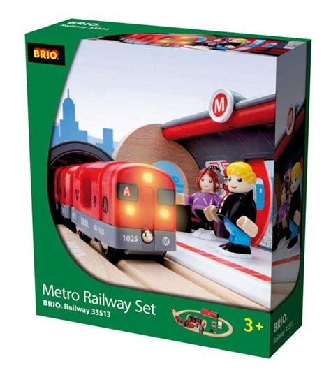 brio metro train brio metro railway set 33513 table mountain toys