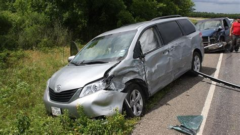 cras siena car of toyota road crash