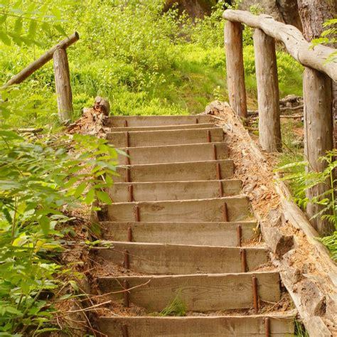 treppenstufen garten setzen au 223 entreppe selber bauen so einfach geht s bauen de