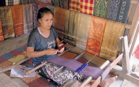 Kain Sasak tenun sasak keindahan kain tradisional masyarakat lombok