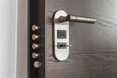 sostituzione serratura porta serratura della porta sostituire il cilindro tabbid