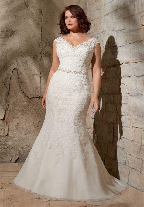 Brautkleider Y by Die Besten 17 Bilder Zu Mollige Braut Plus Size Auf