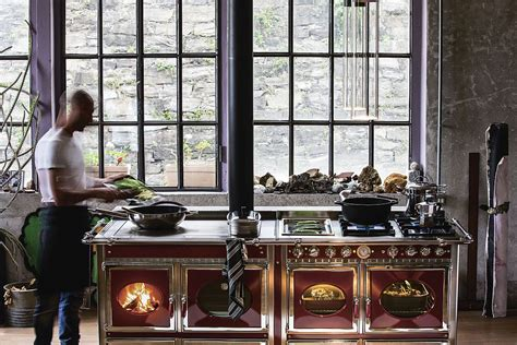 Transitional Style Kitchens - turn up the heat with impeccable eco friendly wood burning cookers