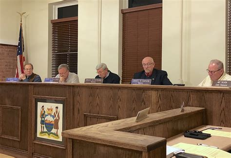 of lewiston unanimously endorses resident lawsuit