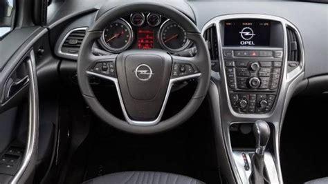 Auto 4 Porte by Opel Astra Sedan 4 Porte Listino Prezzi 2019 Consumi E