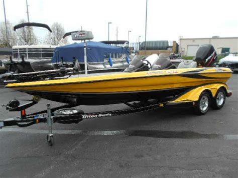 days boat sales frankfort ky 2005 triton boats tr 21xd pdpdc 21 foot 2005 triton boat