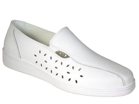 lawn bowling dl22 slip on shoes free microfibre cloth