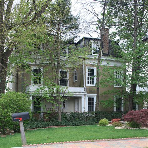 Bell House Calendar by Landmarks Prioritizes 30 Backlog For Designation