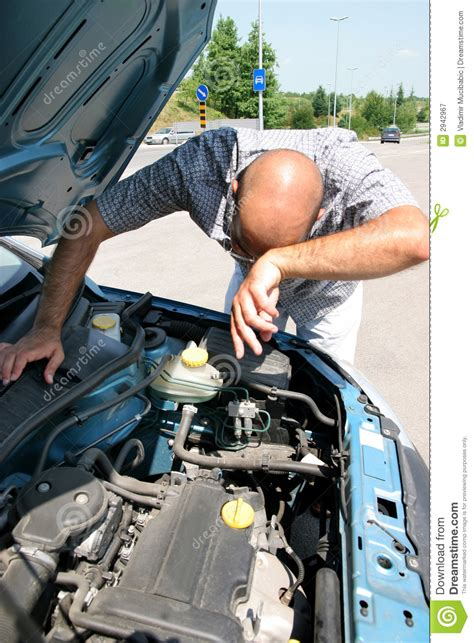 how does a cars engine work 2001 pontiac sunfire windshield wipe control man working on car engine stock image image of person 2942967