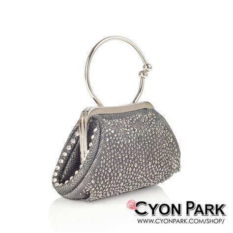Tas Pesta Handbag Clutch Satin Bulat Gold Purple 003 beli tas pesta terbaru ya di cyonpark aja butik