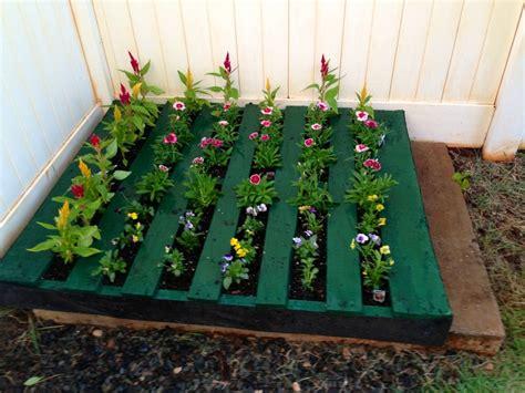 pallet flower bed pallet flower bed alisha s likes pinterest
