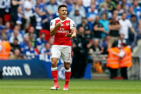 alexis sanchez move alexis sanchez has finalised move from arsenal to man