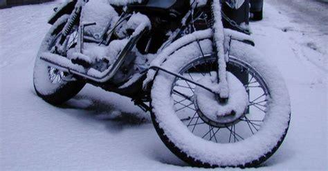 Motorrad Winter Schnee by Parkhaus Angebot F 252 R Motorr 228 Der Auch Im Winter