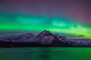 Aurora borealis in canada photos stunning northern lights photos