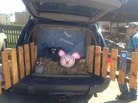 halloween tailgate themes charlotte s web trunk or treat so fun halloween fun