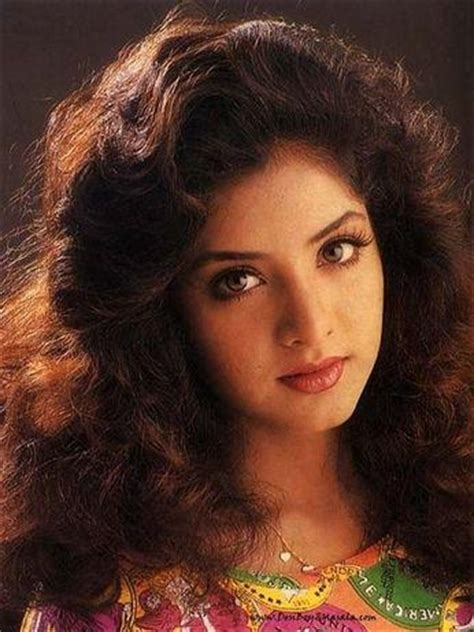 divya bharti biography in hindi com 20 best images about divya bharti on pinterest