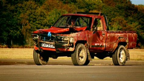 Top Gear Toyota Up Igcd Net Toyota Hilux In Top Gear Race The Stig