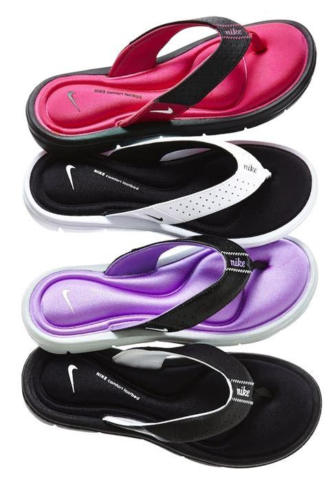 nike comfort flip flop these look so comfy nike comfort flip flops jcp for