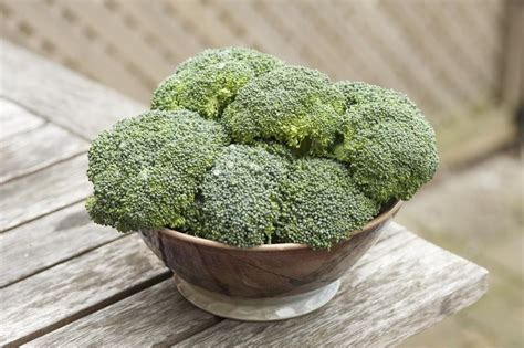 Broccoli Detox by Detox Your System With Cleansing Broccoli Chatelaine