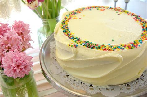 magnolia bakery vanilla cake recipe classic cake icing woodbury common magnolia bakery