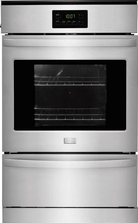 Frigidaire FFGW2425QS 24 Inch Single Gas Wall Oven with 3