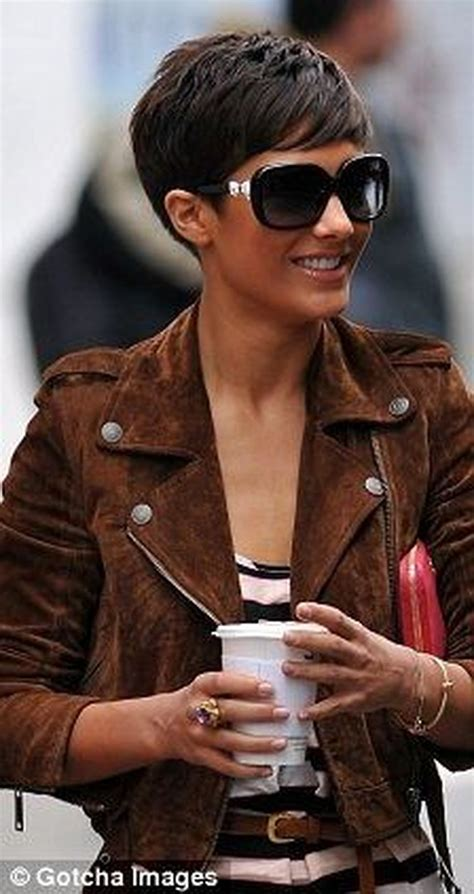 pixie cut curly hair glasses short hair pixie cut hairstyle with glasses ideas 71