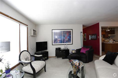 the living room minneapolis diamond lake properties rentals minneapolis mn