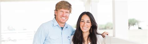 chip and joanna gaines gallery chip and joanna gaines from fixer upper our story magnolia