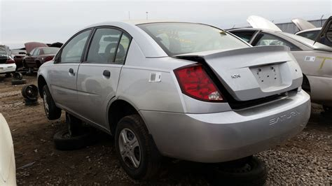 buy car manuals 2004 saturn ion free book repair manuals junkyard find 2004 saturn ion sedan with manual transmission