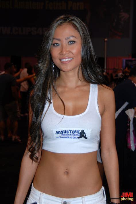 file kara tai at exxxotica miami 2010 jpg wikimedia commons