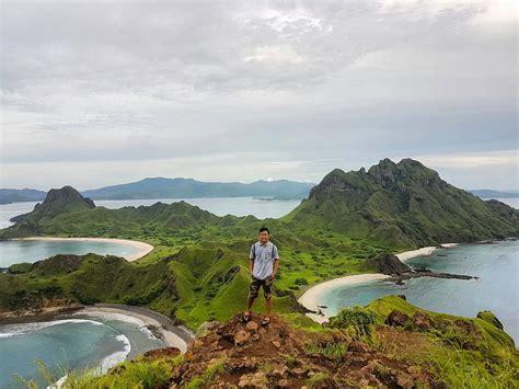 pesona indahnya pulau padar  wajib kamu kunjungi