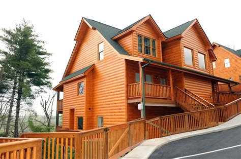 Cabins In Gatlinburg Tennessee Cheap by 25 Best Ideas About Cheap Gatlinburg Cabins On