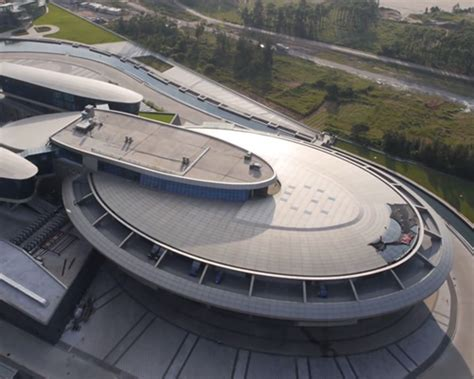 star treks construction as multicultural utopia by katja kanzler office building in china is a homage to star trek s uss