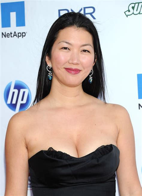 jeanette lee jeanette lee in ny giants justin tuck 3rd annual quot rush for