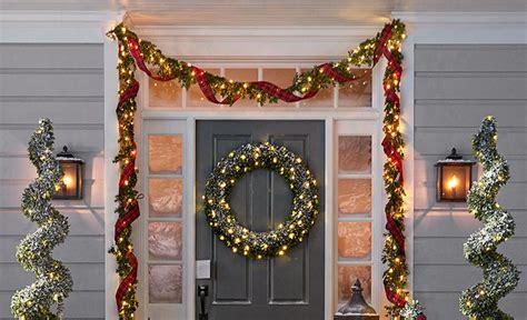 hang garland  front door  command hooks
