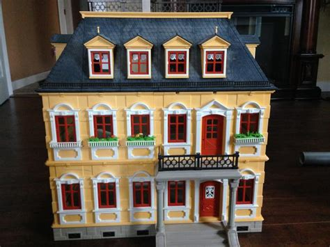 littlest pet shop doll house playmobile dollhouse furniture and littlest pet shop house central nanaimo
