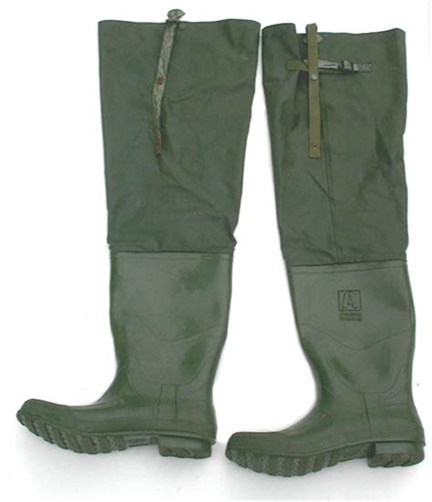 large academy broadway rubber hip waders size 12