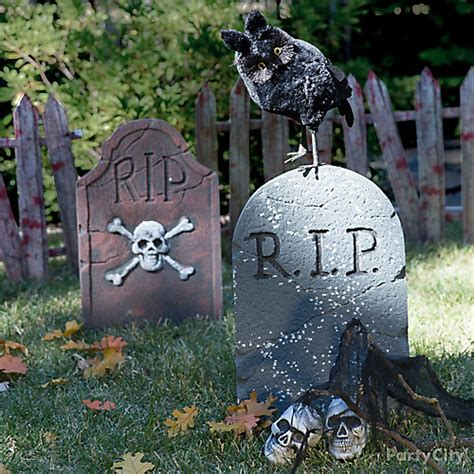 graveyard decoration ideas owl and tombstone idea city