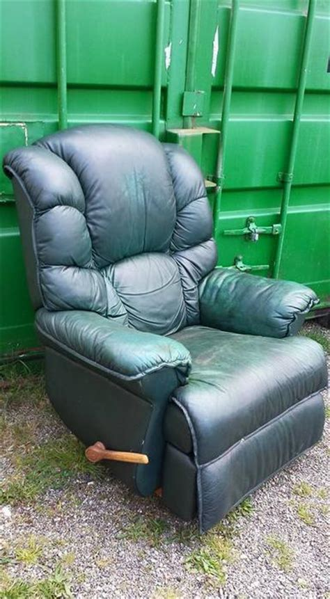green lazy boy recliner green lazy boy leather recliner chair central nanaimo