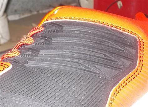 Sepatu Bola Dibawah 200 Ribu toko jual sepatu futsal original murah unik merah