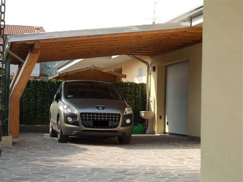 tettoie auto legno le tettoie per auto funzionali ed ecologiche