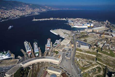 porto di messina traghetti messina porta della sicilia turismo e ormeggi