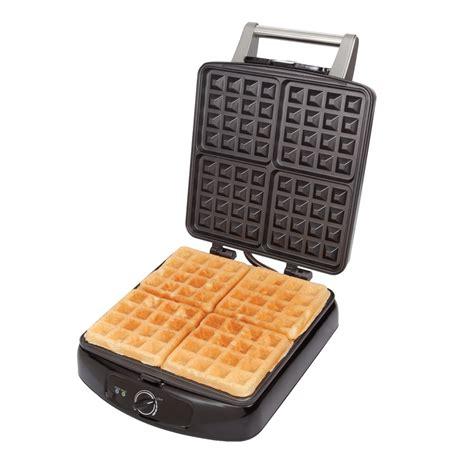 Square Waffle Maker   Farberware