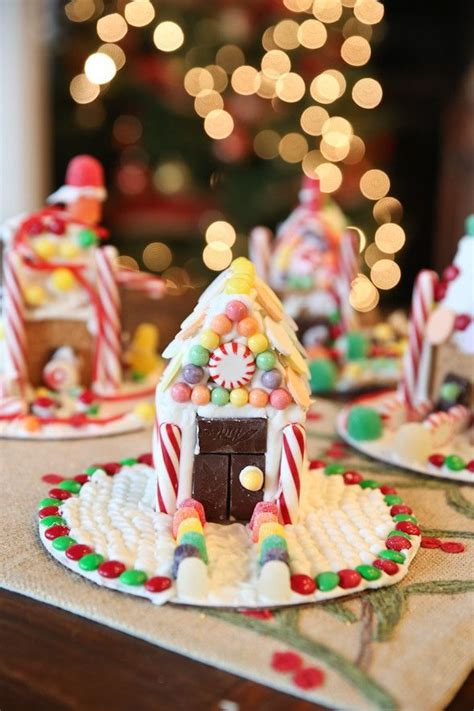 graham cracker house ideas 1000 ideas about graham cracker gingerbread house on