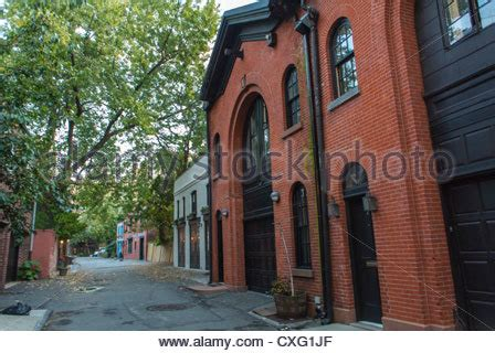 houses in brooklyn heights new york usa stock photo brooklyn heights brownstone townhouse front stoop in a
